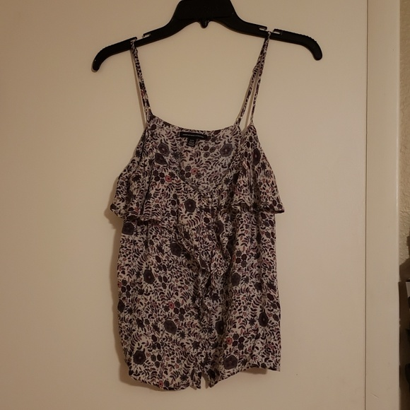 American Eagle Outfitters Tops - Layering floral tank top